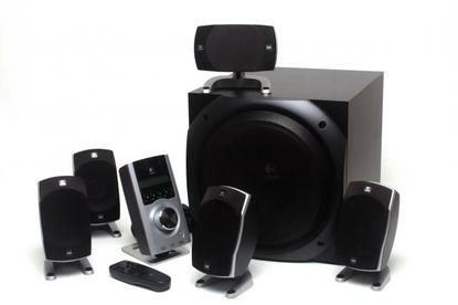 Logitech Z-5500: Powerful subwoofer and versatile speakers