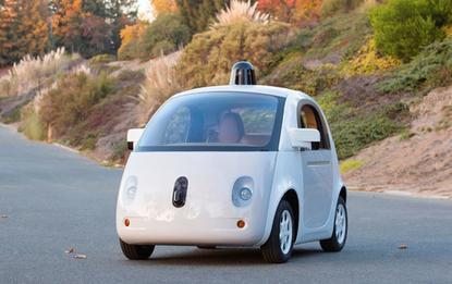 Google has unveiled a complete version of its self-driving car prototype, and said it plans for more tests in Northern California.