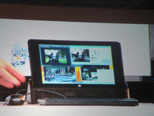 A docked tablet at Intel's keynote