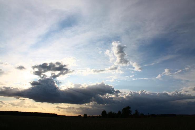Storm's a brewin'. Source Krzysztof Czeronko (Flickr)
