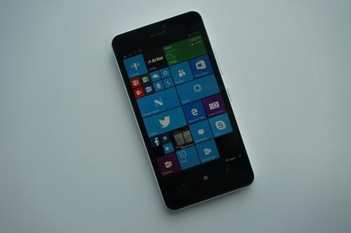 Windows 10 Mobile running on a Lumia 940XL.
