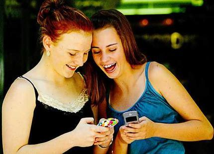 Teens have been uncharacteristically reluctant to embrace Twitter, says ComScore.