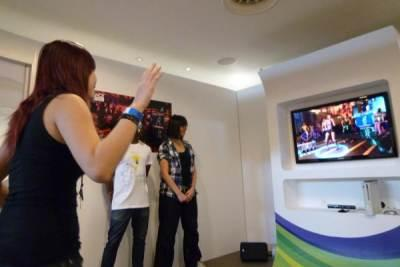 The Kinect on show.