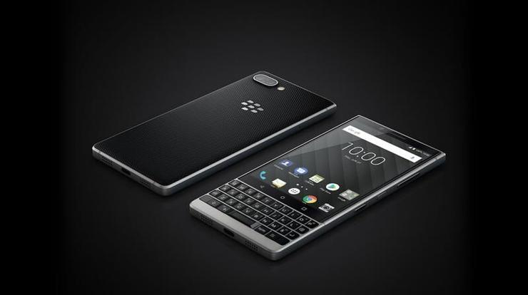 Presents LE KEY2 BlackBerry smartphone with QWERTY keyboard