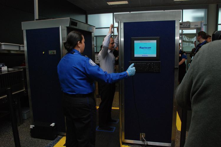 TSA installs full-body scanners to screen air travelers