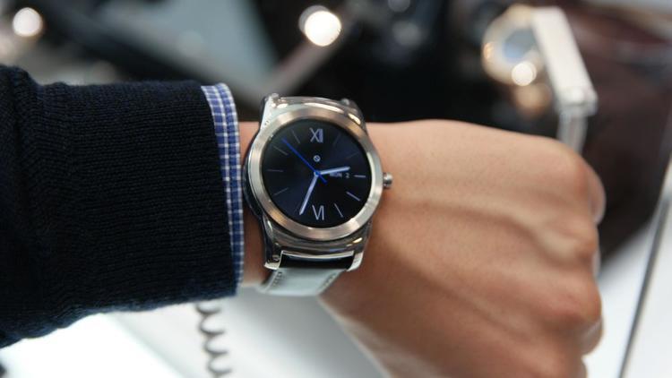 'All metal' LG Watch Urbane unveiled - Slideshow