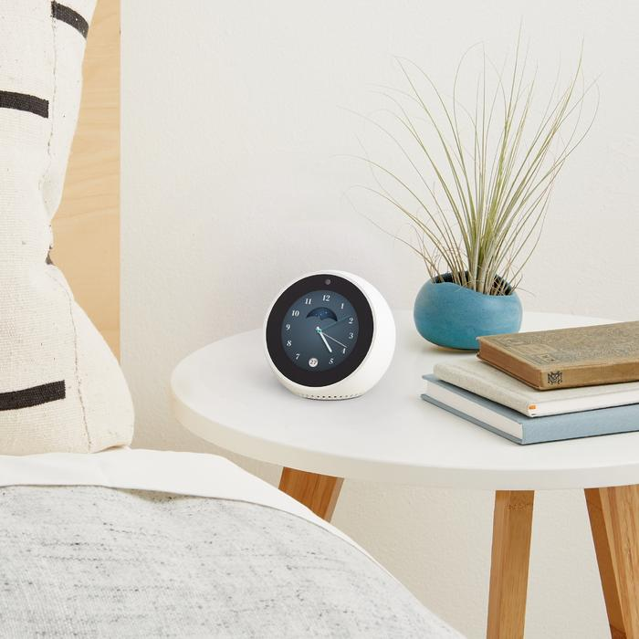 Echo Spot soon available in New Zealand