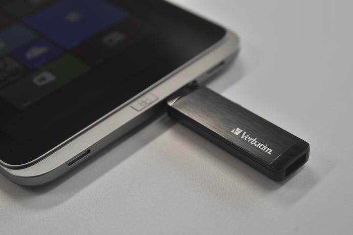 The Verbatim drive worked with a Windows Pro tablet through microUSB
