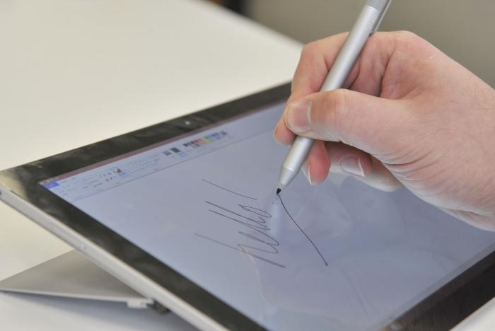 It's great for writing and drawing on the screen.