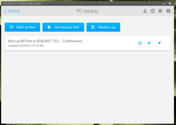 Using Seagate Dashboard to back up data from a laptop.