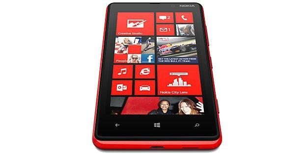 The Nokia Lumia 820 has a 4.3in IPS touchscreen with a resolution of 800 x 480.