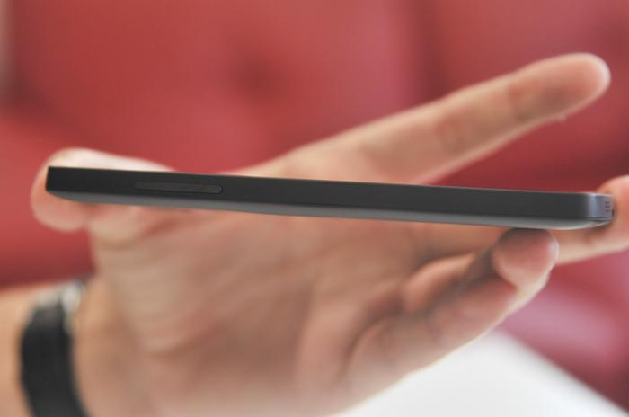 The screen is bright, clear and has excellent viewing angles.