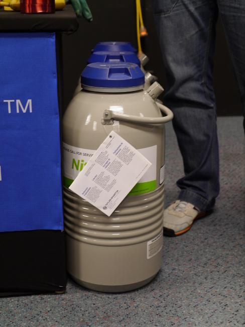 In pictures: Liquid nitrogen overclocking workshop - intel