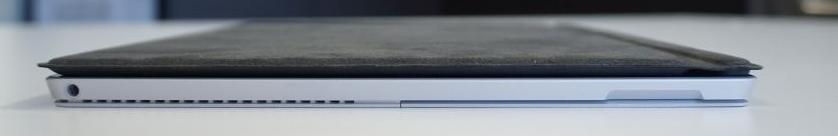 This side is magnetised so that the stylus can be easily fixed when not in use. There's also a 3.5mm audio jack