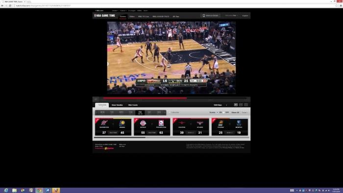 Viewing web sites at the native resolution of the screen can be a chore (even online video as in our screen shot). At the very least, you'll be better off looking at the page on one half of the screen.