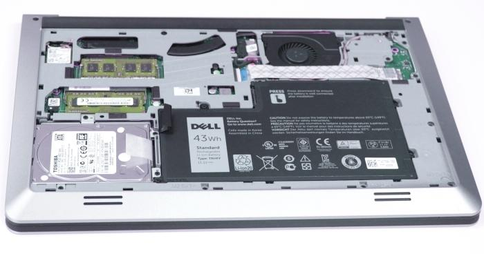 There is a clean layout on the inside, allowing you to replace RAM, storage, and the battery.