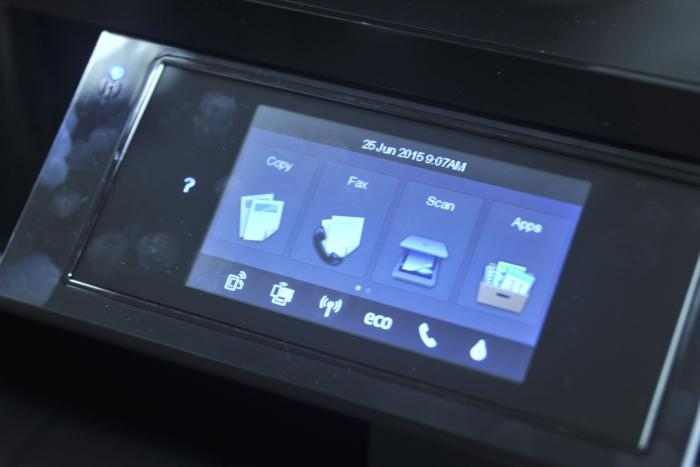 The intuitive touchscreen.