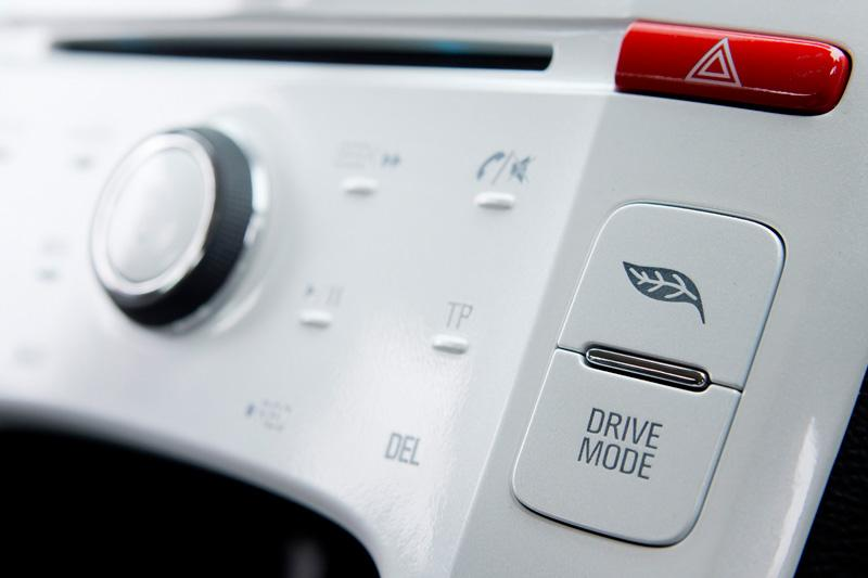 The drive mode button switches between normal, sport and hold driving modes.