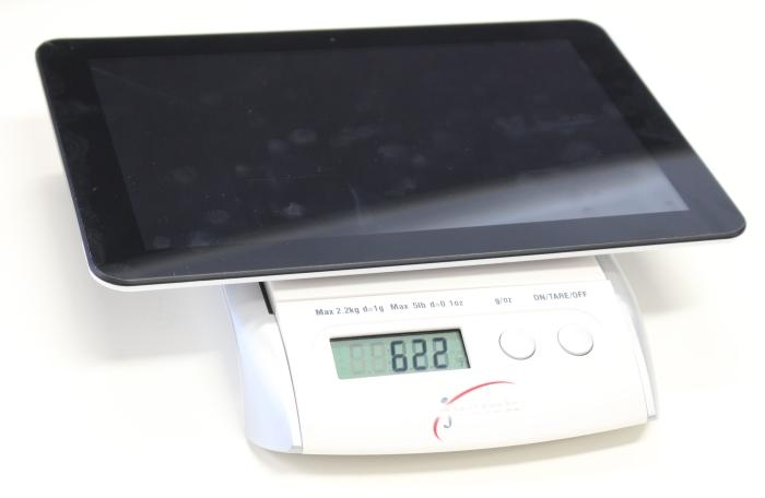 It's a tablet that feels solid and it only weighs 622g.
