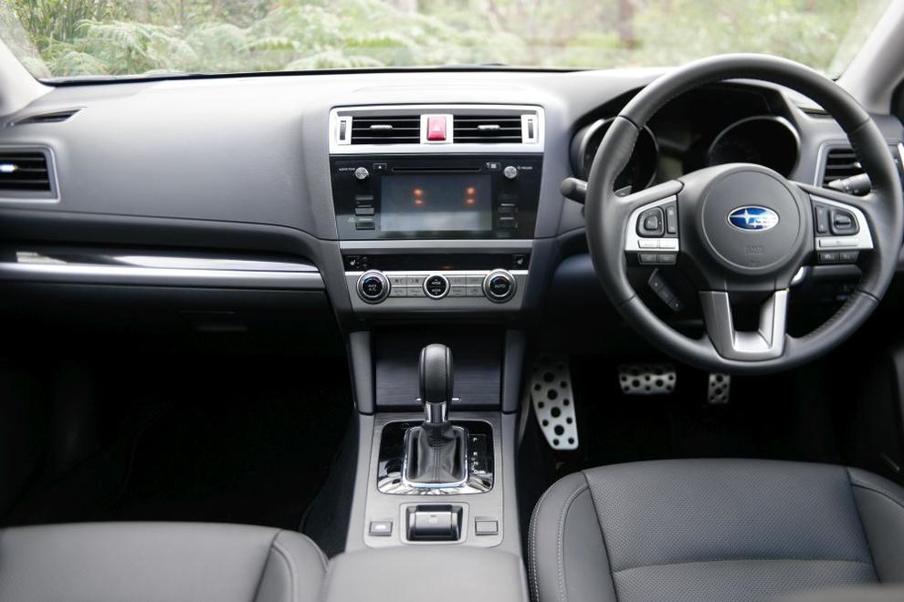 The Liberty 3.6R's infotainment system centres around a 7-inch LCD touchscreen and feeds audio through a 12-speaker Harman/Kardon sound system. It supports smartphone Bluetooth pairing and music streaming, iPod connectivity, and the playback of MP3 or WMA audio files from CDs, a 3.5mm port and USBs.