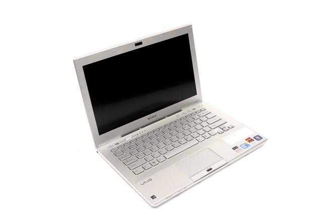 Sony Sony VAIO SB Series (VPCSB16FG)
