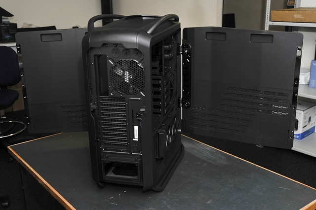 CoolerMaster Cosmos II Ultra Tower PC chassis