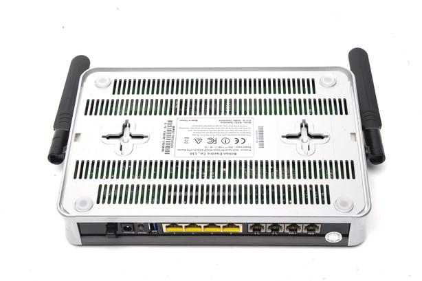 Billion BiPAC 7800VDOX wireless router