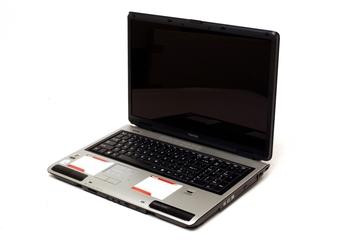 Toshiba Satellite P100 (PSPA6A-028017)