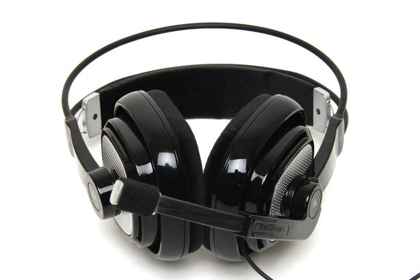 Plantronics .Audio 770